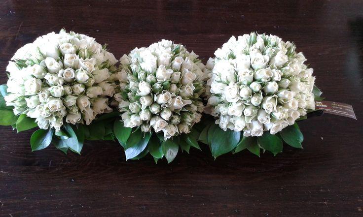 Troostbloemen voor 3 rouwende dochters