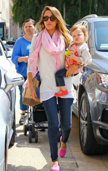 Jessica Alba + Haven in Orange Mimi Manuela De Juan flats!