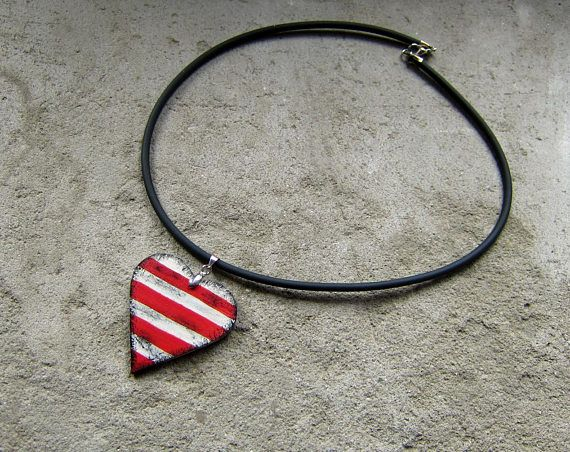 Wooden heart necklace stripes hand painted christmas sale