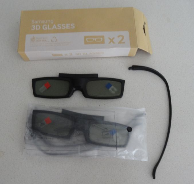 5d340a2b24dc 2 x Genuine SAMSUNG 3D Active Shutter Glasses SSG-5100GB 2011,12,13,14,15  TV LED