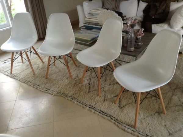 Los Angeles  Eames Chairs Set    390   http furnishlyst com21 best Dining table bench chairs images on Pinterest   Dining  . Eames Chair Craigslist Los Angeles. Home Design Ideas