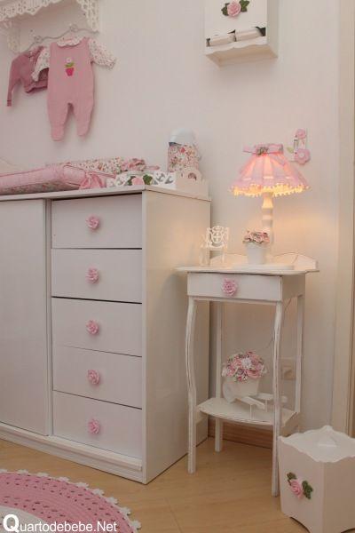 cômoda puxador flores rosa