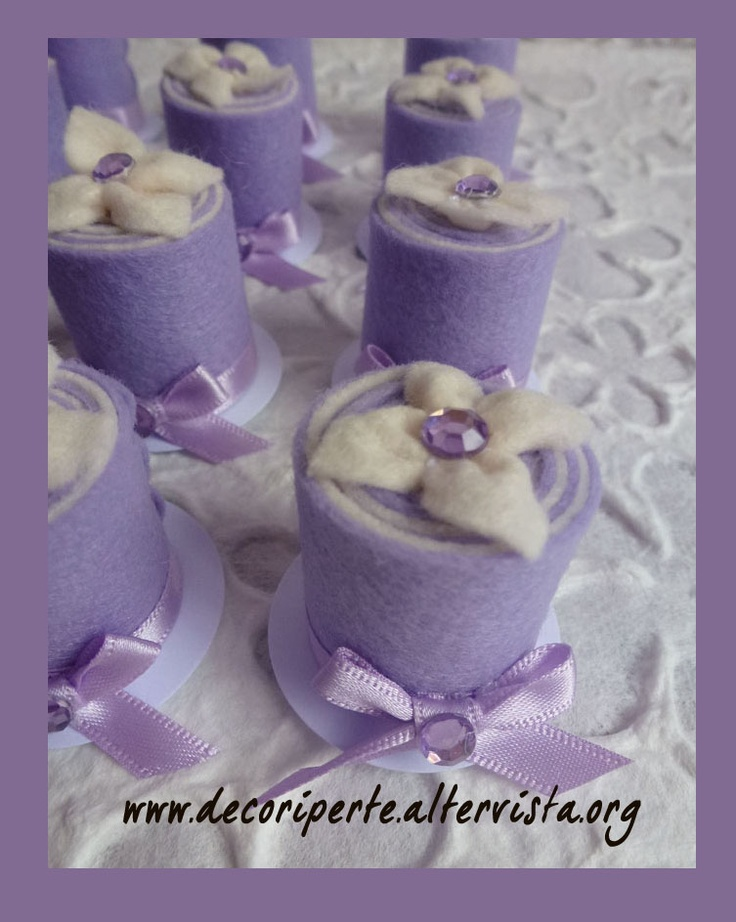 Lilac FELT mini wedding cake with lilac flower and crystals 01