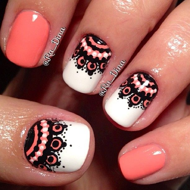 Coral black and white nails. So cute~<3