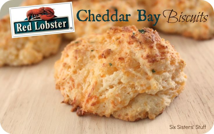 Red Lobster Cheddar Bay Biscuits from sixsistersstuff.com.  These taste like they came straight for the restaurant! #biscuits #recipes