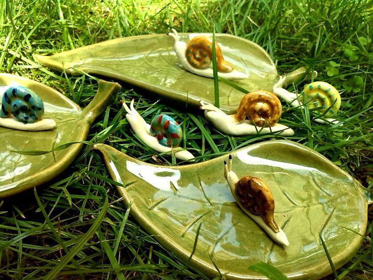 Levelek és csigák / Leaves and snails  www.mesekeramia.hu  #mesekerámia #kertidísz #csigák #snail #fairygarden