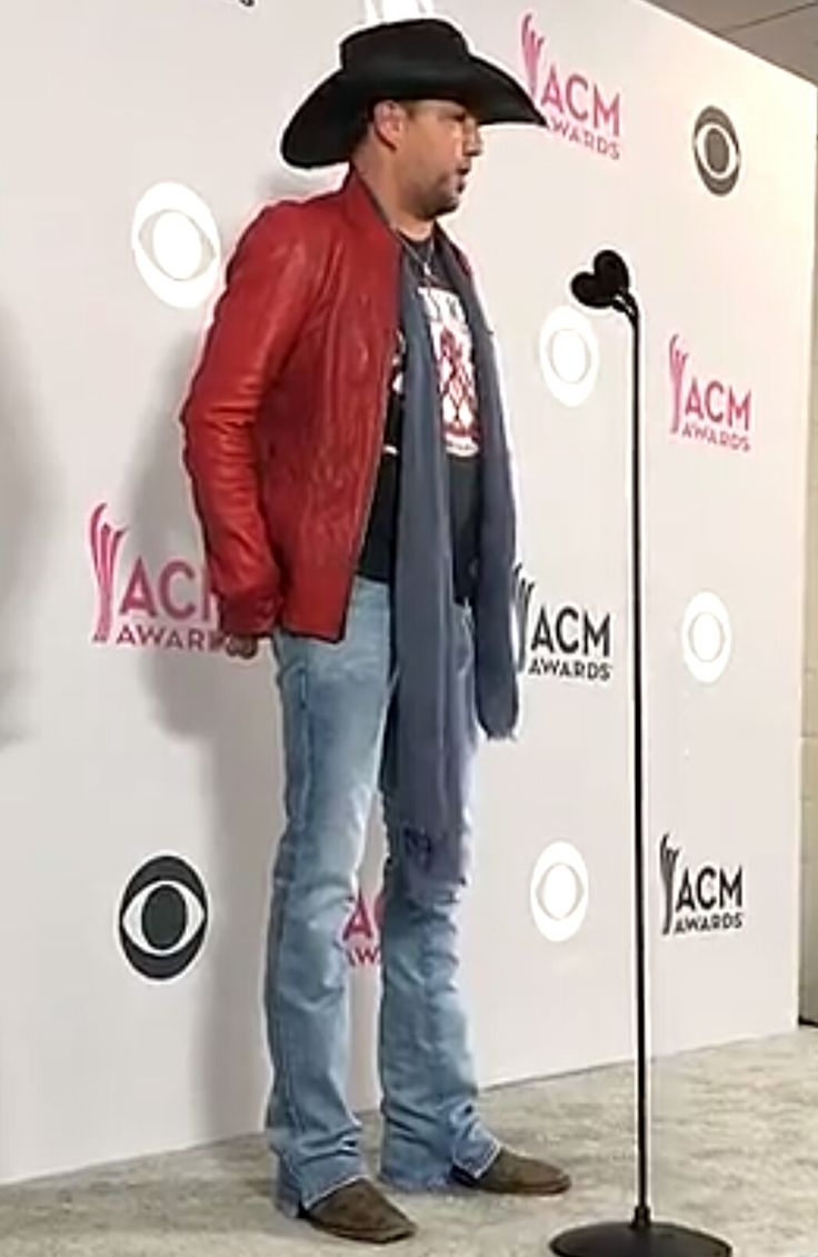 Jason!** Entertainer of the Year ACM 2017!❤