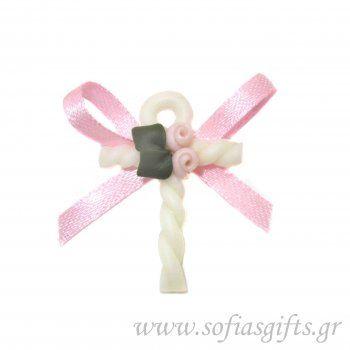 Μαρτυρικό για κορίτσι . Χειροποίητα μαρτυρικά .Η κάθε συσκευασία περιέχει 50 τεμάχια με μαρτυρικά σε όμορφο στολισμένο κουτάκι. Το κάθε μαρτυρικό έχει στο πίσω μέρος καρφίτσα, για περισσότερες πληροφορίες επισκευτείτε την ιστοσελίδα μας ή επικοινωνείστε μαζί μας http://www.sofiasgifts.gr/products/%CF%87%CE%B5%CE%B9%CF%81%CE%BF%CF%80%CE%BF%CE%AF%CE%B7%CF%84%CE%BF-%CE%BC%CE%B1%CF%81%CF%84%CF%85%CF%81%CE%B9%CE%BA%CF%8C-%CE%B3%CE%B9%CE%B1-%CE%BA%CE%BF%CF%81%CE%AF%CF%84%CF%83%CE%B9-%CE%BD%CE%BF11