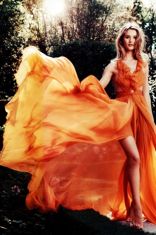 Rosie Huntington-Whiteley in Emilio Pucci by Norma Jean Roy.