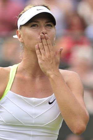 Maria Sharapova cruised to a 6-1, 6-4 third round victory over Taiwain's  Hsieh Su-Wei as the world number one set up a Wimbledon  rematch with Sabine Lisicki.