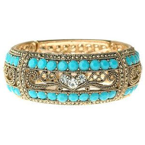 I love this adorable bracelet and although this one was Hearted from fruitvalery.blogspot.com I have seen similar ones in ALDO.