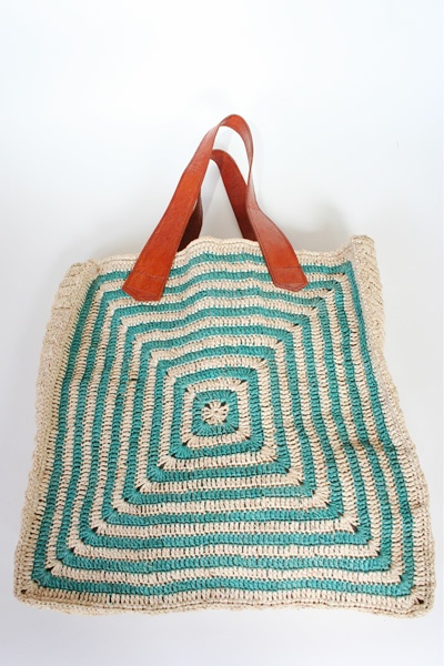 Love this African straw tote by Beklina! (in Lilac)... summer :)