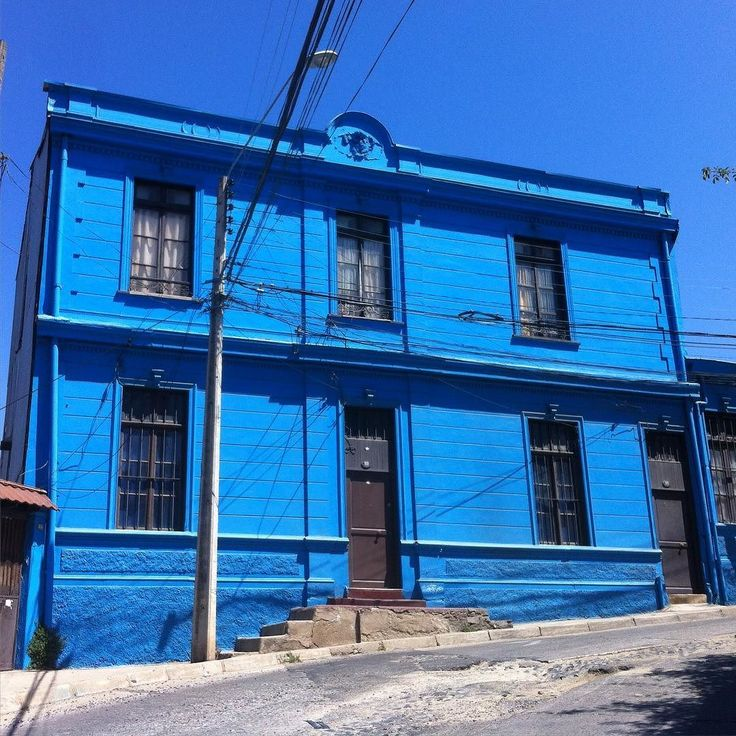 "sootythefish: ""Blue. Valparaiso."""