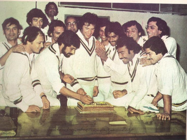 CELEBRATE HIS BIRTHDAY WITH LEGENDS OF PAKISTAN CRICKET