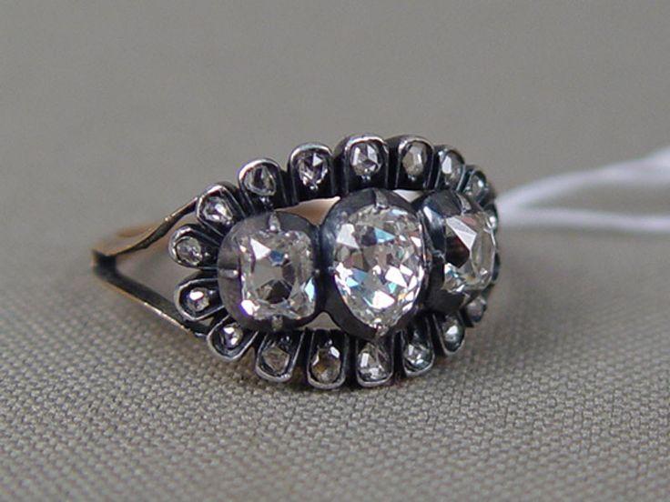 Антиквариат. антикварные украшения. старинные серьги и кольцо, антикварное золото. бриллианты