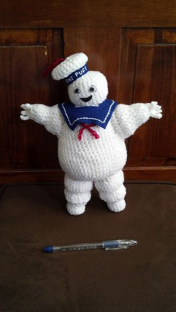 Mostly Nerdy Crochet. Who amongst the nerdy doesn't love the Ghost Busters Stay Puft man?