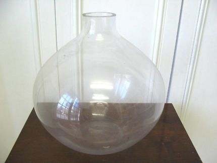 $10 Clear GLASS VASE CIRCLE BOWL 25x25cm Text 0411691171 or email info@bitspencer.com