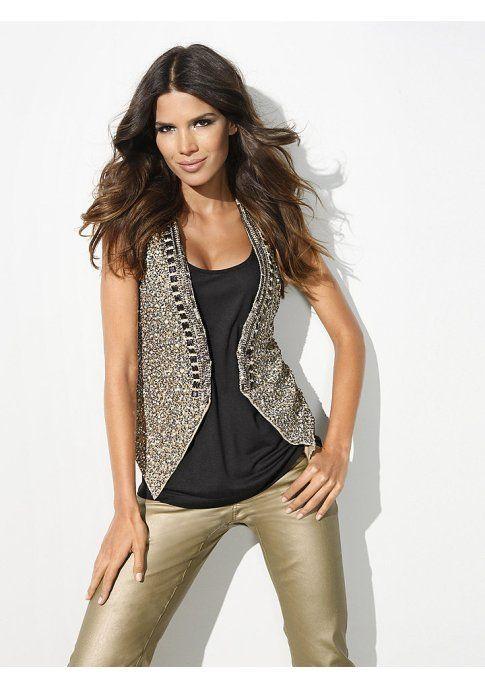 Жилет - http://www.quelle.ru/heine/Woman_fashion/Jacket/Women_Vests/Zhilet__m274425.html?anid=pinterest&utm_source=pinterest_board&utm_medium=smm_jami&utm_campaign=board2&utm_term=pin18_21032014 Luxury модель, обшитая сверкающими пайетками, просто создана для гламурных и ярких образов! #quelle #vest #glitter #luxury #glamour #look #style