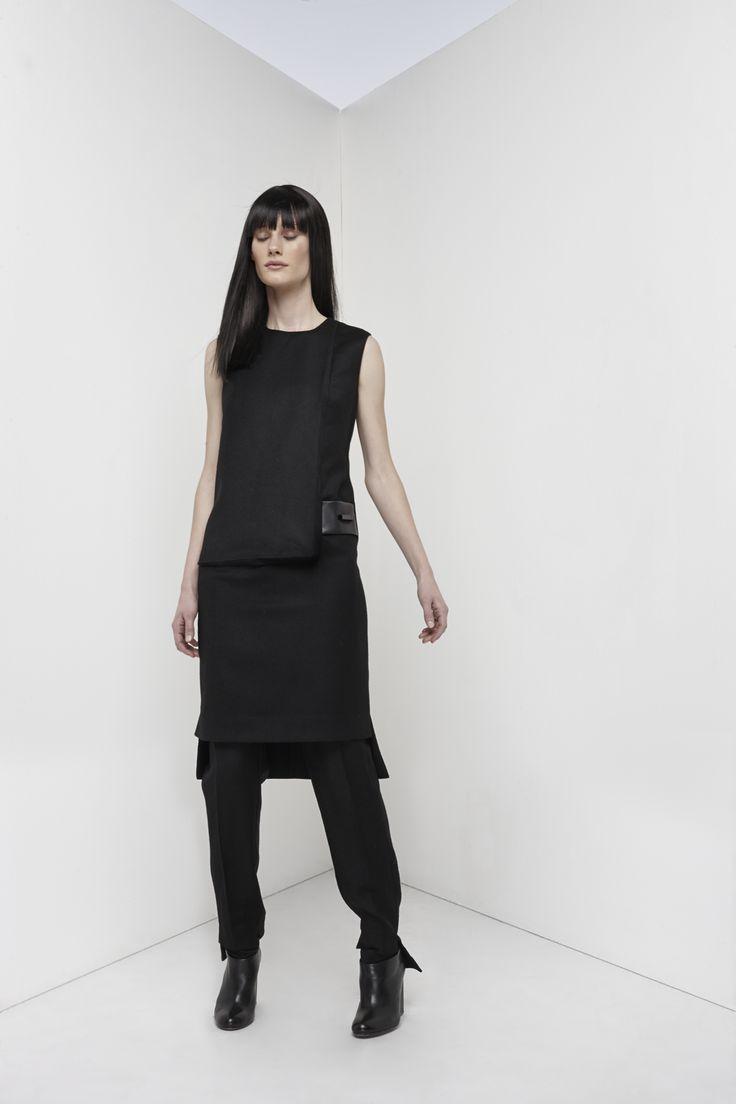 NUBU SUR dress / NUBU RIBE trousers