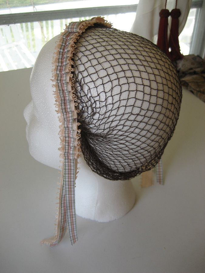 Hairnet (not snood) of ribbon.  The hair is pinned up first, and then the net is put on.Wars Costumes, Civil Wars, Wars Era, Wars Hair, Era 1837 1901, 19Th Century, History Nerd, 1860 S Fashion, Costumes Hair