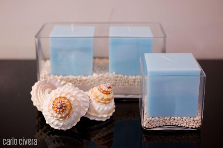 Composizione di candele in vaso di vetro con conchiglie. carlocivera.org #vasovetro #conchiglie #candele