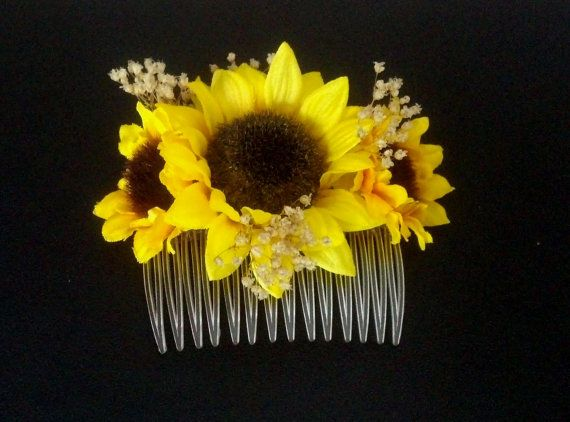 My sunflower comb is so popular for Brides, maids, flower girls with natural dried baby`s breath and petite silk sunflowers! ♡Made TO Order,