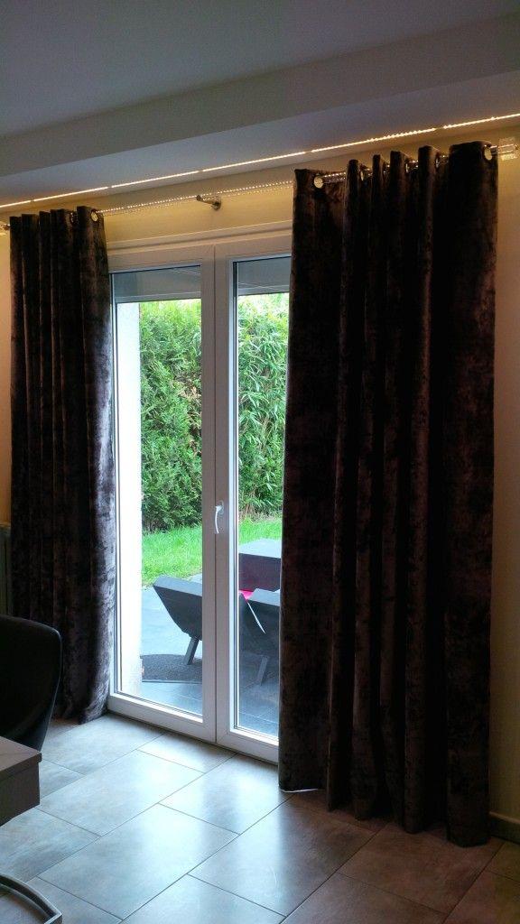 les 25 meilleures id es de la cat gorie rideaux en velours sur pinterest canap rose rideaux. Black Bedroom Furniture Sets. Home Design Ideas