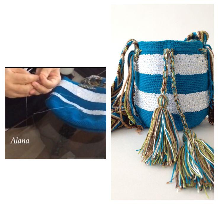 Nuestra pasión es hacer arte con nuestras manos. Compra tu Alana mochila en nuestras redes sociales.   Pinterest: contactoalana www.facebook.com/alanafashion y en Instagram como @alanaonline2   #bag #etnico #cartera #color #art #regalo #gift  #luxury #playa #alanaonline @alanaonline2 #wayuu #colombia