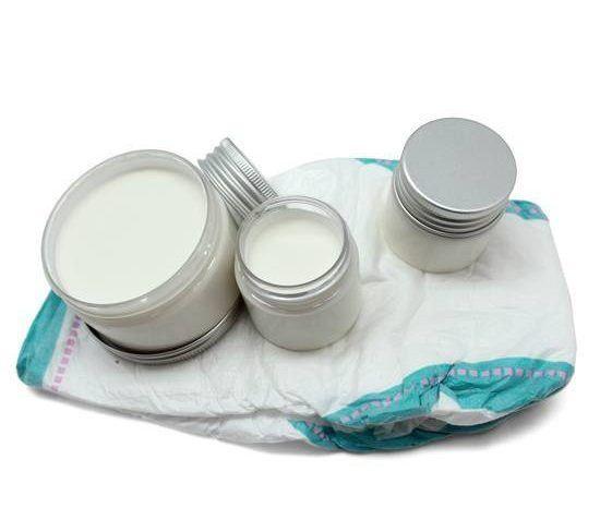 Paso a paso de cómo hacer una crema para el culito del bebé, una zona propensa a las erupciones e irritaciones.
