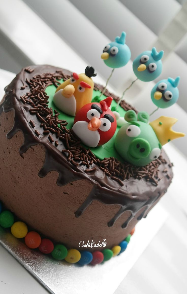 Angry Birds, ganache drizzle cake <3