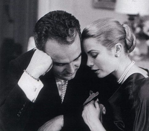 Prince Rainier of Monaco and Grace Kelly                                                                                                                                                      Mais