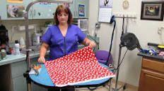 Tutorial: Einen Meter Stoff blitzschnell abschneiden – Sarah Quilts   – Sewing