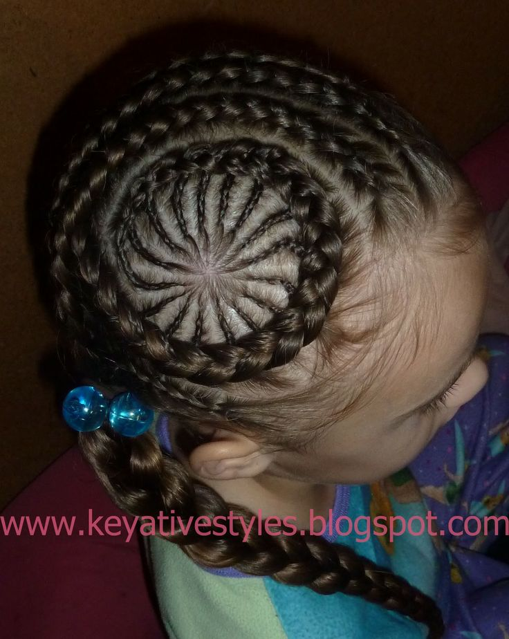 Keyative Styles: Circle cornrows!