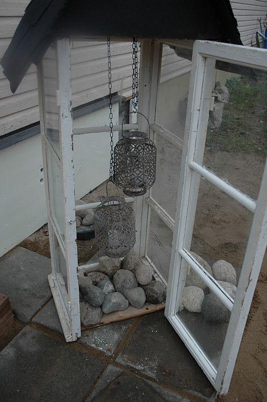 lyhty vanhoista ikkunoista - lanther, old windows