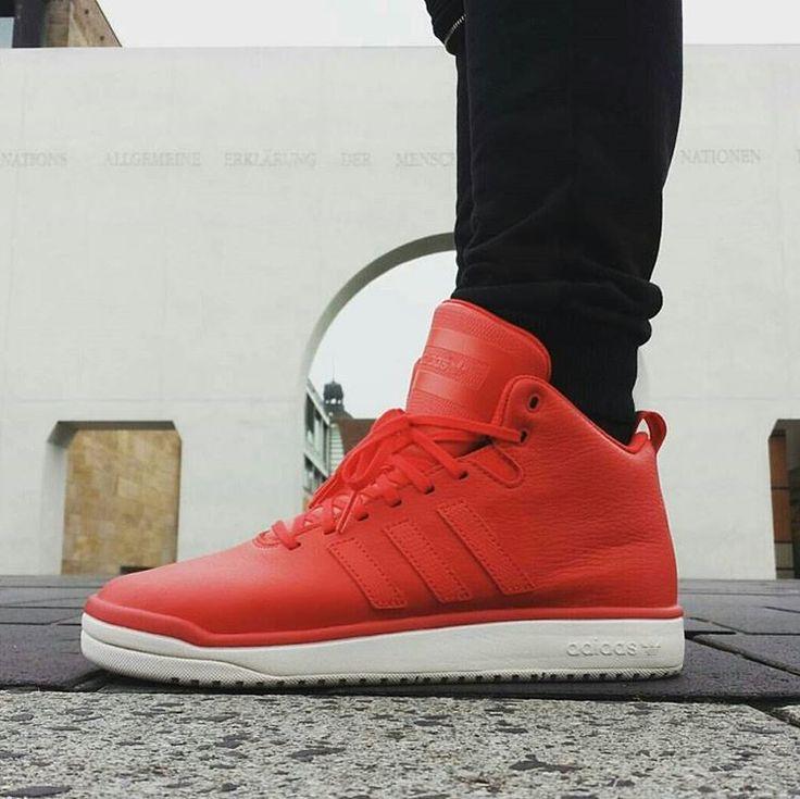 Adidas Originals Veritas Mid Leather Red