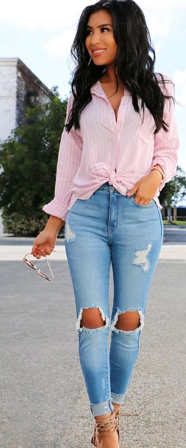 #spring #outfits  woman wearing pink shirt dress and distressed skinny jeans. Pic by @fashionnova
