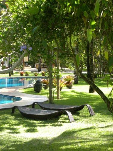 """Jardim paradisíaco """"pé na areia"""" é um convite ao descanso em Trancoso (BA) - Casa e Decoração - UOL Mulher"""