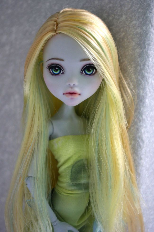 OOAK Monster High Repaint by Hyangie