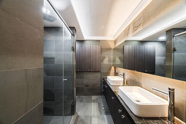Tile-Sangah's - MARNE 300x600 MARNE 욕실 시공 사례입니다 몽환적인 무늬가 돋보이는 타일로 아트월 사용에도 좋지만 세련된 욕실을 연출하고자 할때에도 적합한 타일입니다^^  #tiles #tiles #sangahtile #bathroom #marne #wall #floor #contemporary #living #style #home #interior #design #homeinteiror #타일 #상아타일 #욕실타일 #욕실 #바닥 #벽 #인테리어 #홈 #디자인 #인테리어디자인 #바닥타일 #벽타일 #수입타일 #컨템포러리 #공간