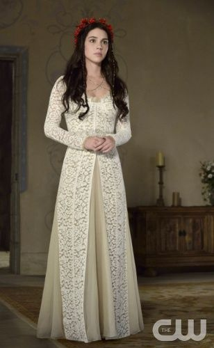 Reign on the CW. LOVE LOVE LOVE this dress. Gotta figure out the costume designer.