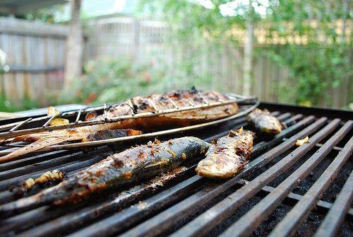 Cuisine maison, d'autrefois, comme grand-mère: Recette de sardines grillées à la provençale au barbecue ou à la plancha