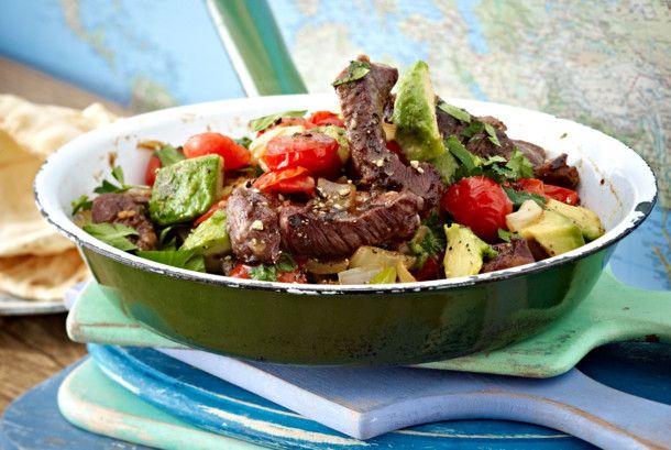 Steakpfanne mit Avocado Rezept | LECKER