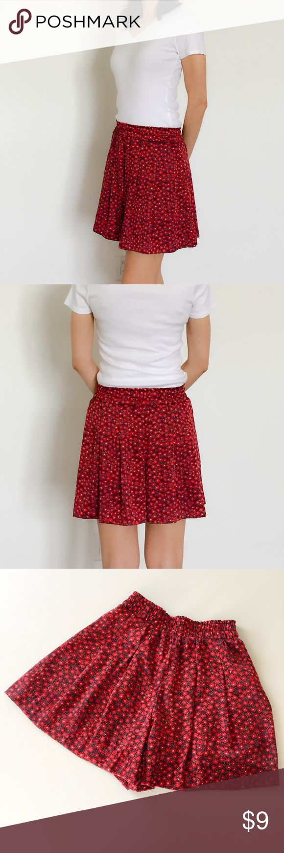 Uniqlo Shorts Flowing shorts with tiny red flower prints UNIQLO Shorts