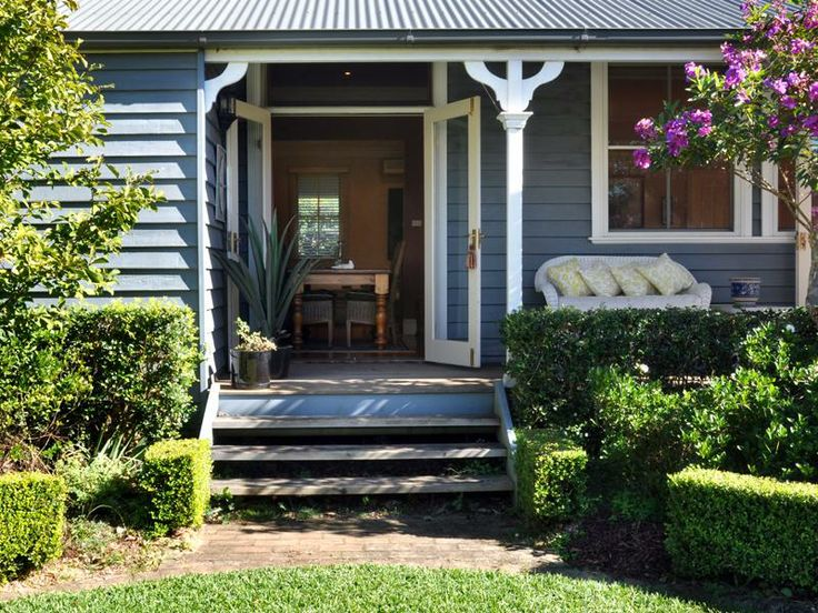 17 best images about exterior paint colours for my beach - House colours exterior australia ...
