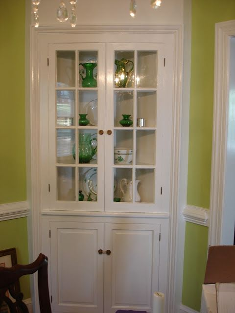 Richmond Real Estate Mom: Built-in Corner China Cabinets
