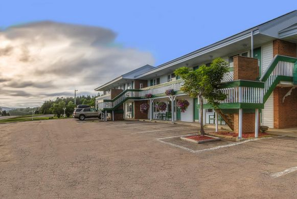 The Oban Motel of Uncle Lauchie