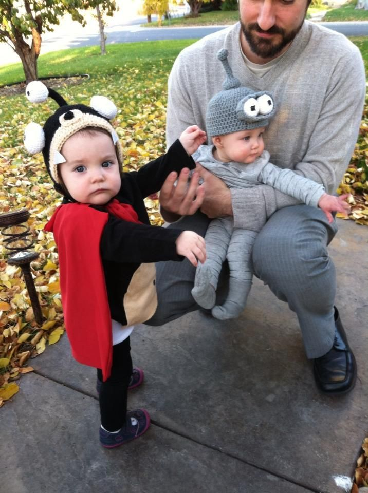 Futurama crochet baby hats. Nibbler, Bender, and Zoidberg go trick-or-treating!