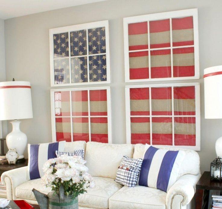 DIY déco avec cadres en vielles fenêtres pour le salon avec un canapé droit
