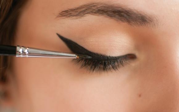 Soluções práticas e rápidas para 11 problemas de beleza! - Beleza - CAPRICHO