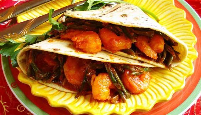 Surinaams eten – Roti Kousenband Garnalen (Sandhia's roti met kousenband)